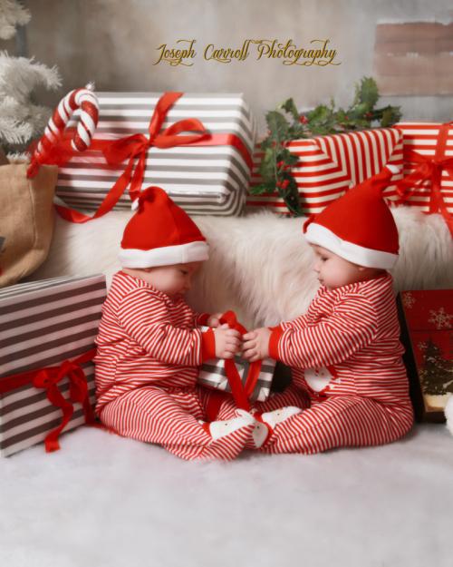 CAROL PISCIOTTA JOSEPHCARROLLPHOTOGRAPHY SANTA BABIES